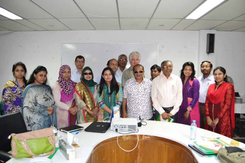 Group pictures with Gavi consultant & CEC members